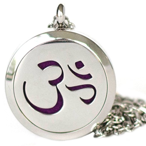 ESSENTIAL OIL DIFFUSER OM LOCKET